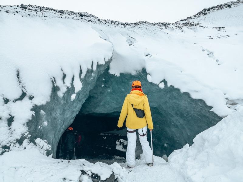 Island Gletscherwanderung Hoehleneingang